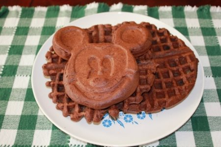 Mickey Mouse waffle makers make a great gift.